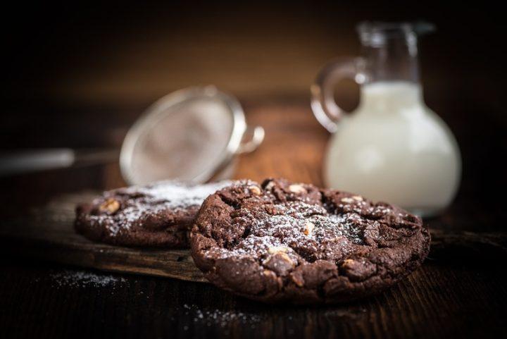 čokoládovo-oříškové sušenky